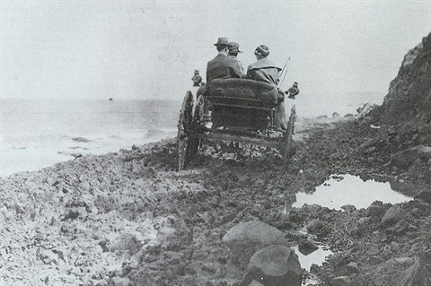 Old photo before the Great Ocean Road was built