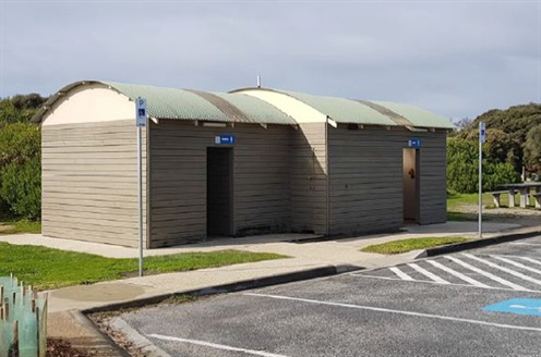 Existing toilet block in Anglesea